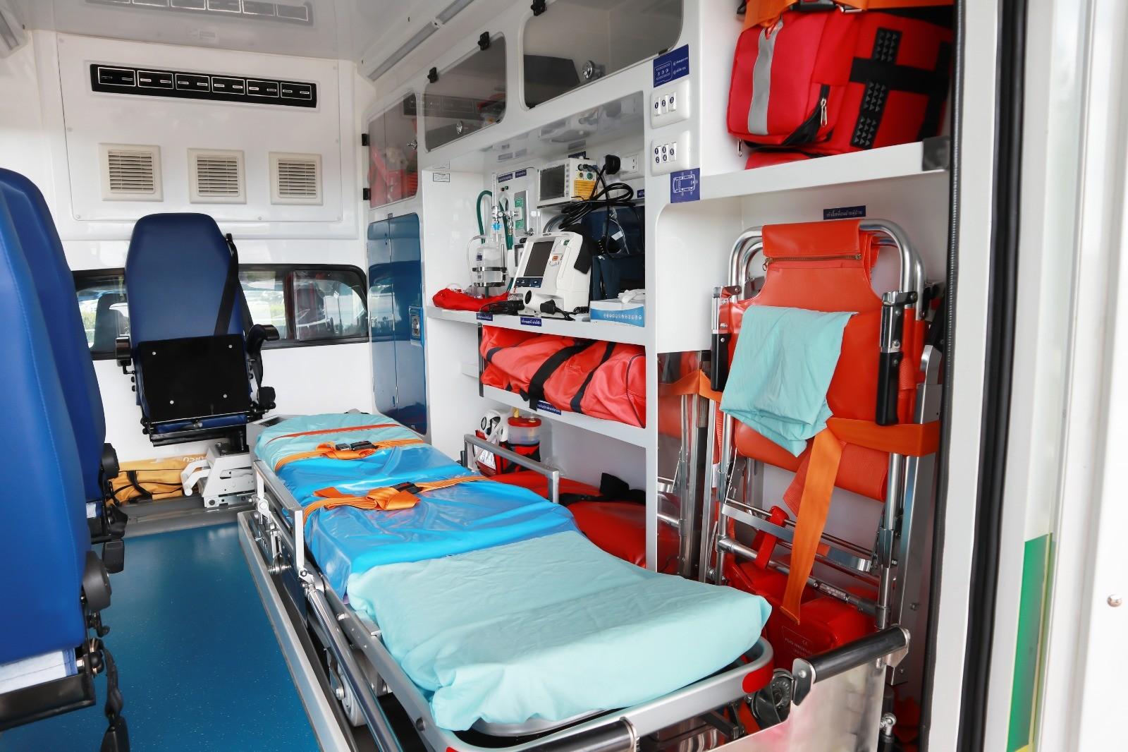 Asrın Ambulans olarak gelişmiş modern ambulans filomuzla sizlere üstün bir sağlık hizmeti sunuyoruz.